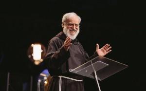 Curso de Oratória para Padres, Pregadores, Missionários e Pastores.